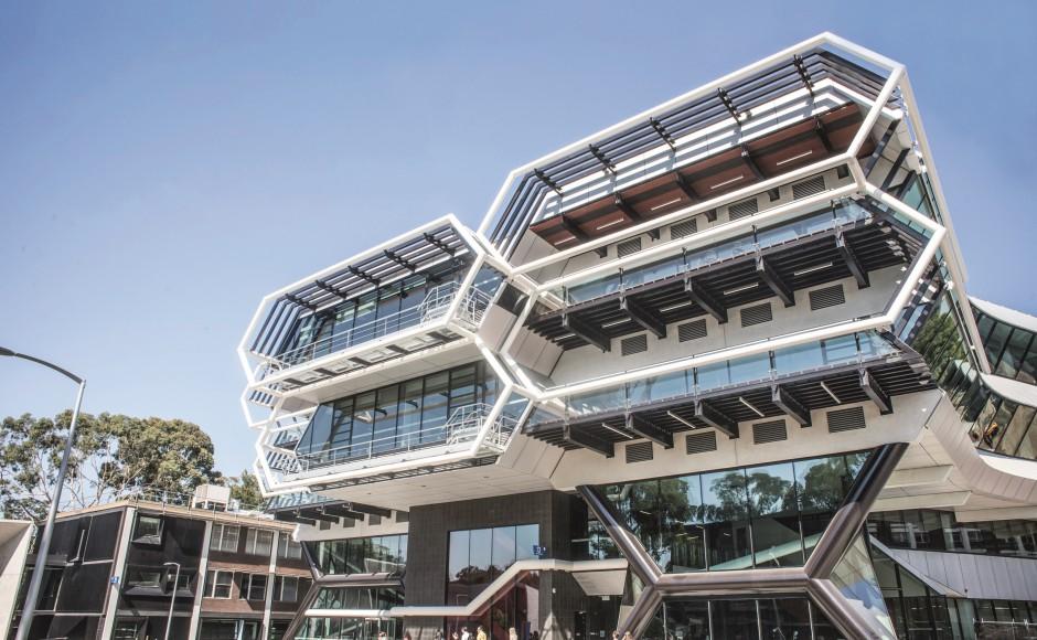 Study Engineering in Australia